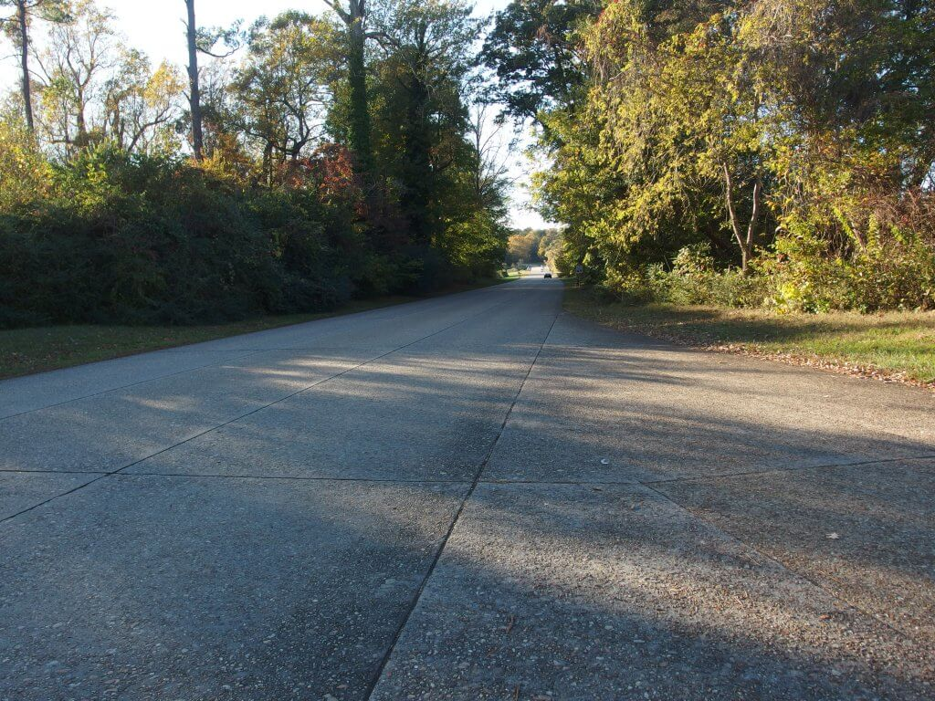 Colonial Parkway 1
